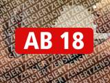 Amateurvideo Heisser Vierer-Gruppenfick auf Papas Dachspeicher !! from jackylafey