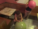 Amateurvideo 2 Riesenluftballons 2/2 von ActionGirl