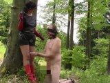 Amateurvideo Leder Herrin und Sklave: Das Rauchen Teil von bondageangel