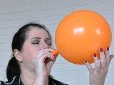 Amateurvideo grosser Spaß - Luftballoons von TittenCindy