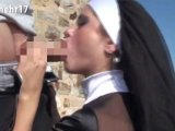 Amateurvideo Creampie für die Nonne. Mit Gummi ficken ist Sünde. NM17 von Nichtmehr17