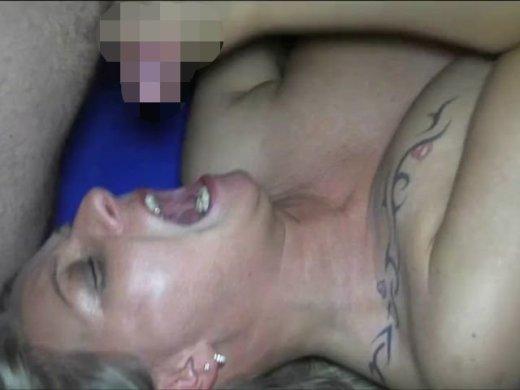 Amateurvideo Public: AO-Orgie im Billardcafe(2) von RosellaExtrem
