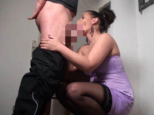 Amateurvideo Nachbarfick im Keller von Andrea_18
