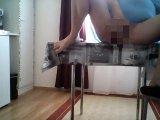 Amateurvideo auf dem tisch mit dildo von sarah58