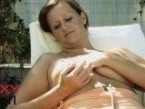 Amateurvideo Sanftes Öl auf meinem heißen Körper von SexyLeni