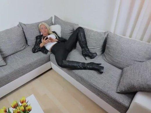Amateurvideo Die verhurte Zimmervermietung! von Daynia
