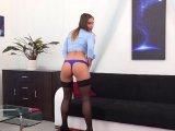 Amateurvideo Komm und schau dir meine Ficklöcher an! von TrixxyHexy