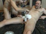 Amateurvideo Boy rasiert den Schwanz von meinem Mann von crazy1963