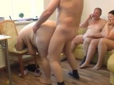 Amateurvideo Doggy Fick beim Gruppensex von crazy1963
