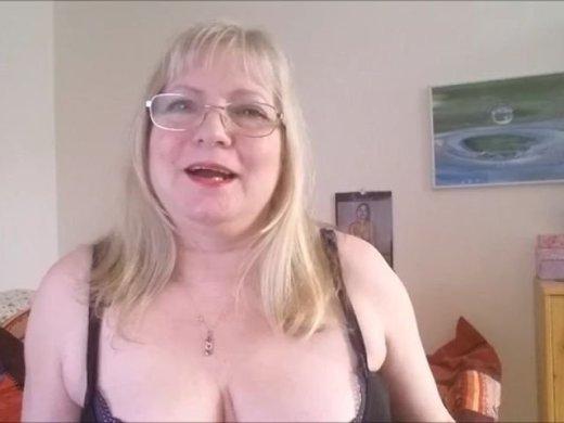 Reife Lady mit Erfahrung