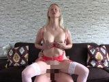 Amateurvideo Hausbesuch von aufgestrapster Hobbyhure from XPoppSieX